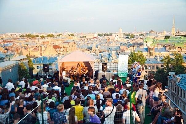 Новые форматы событий: концерты на нестандартных площадках: в планетарии, на крышах и даже в полной темноте. Нюансы организации и продаж